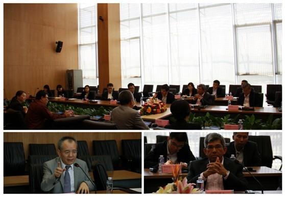 新加坡新闻通讯及艺术部雅国部长参访金蝶