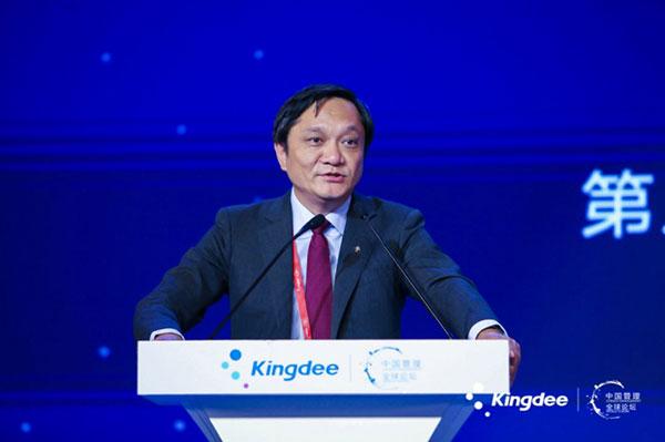 中欧国际工商学院副院长丁远